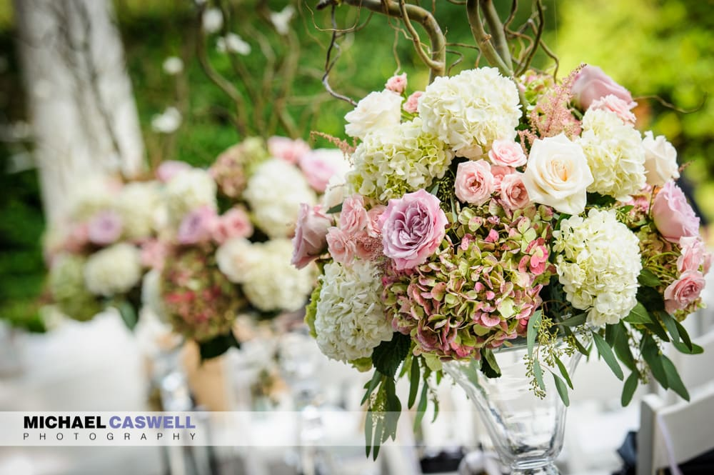 How to Avoid Overspending on Wedding Flowers